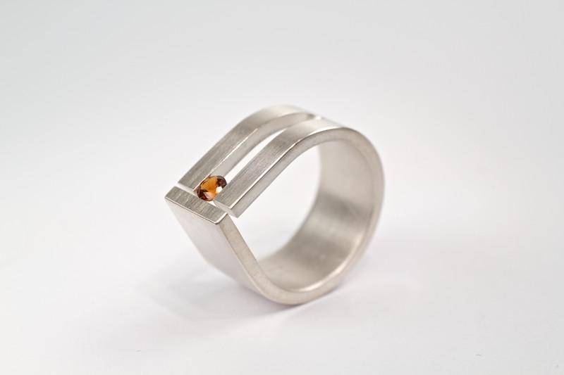 Top Ringen door Cécile van Eeden - Moderne sieraden in Eindhoven &TL17