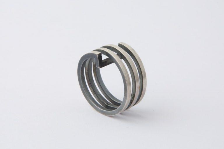 Helixring 2 in zilver